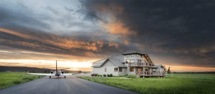 7 Amazing Hangar Homes That Will Make you Dream Away