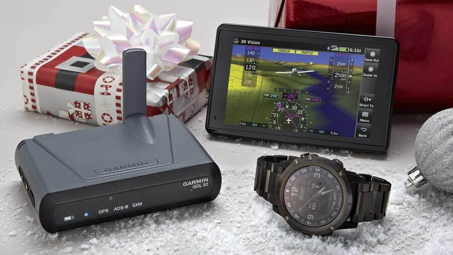 The Best 2021 Aviation Christmas Gifts for Pilots
