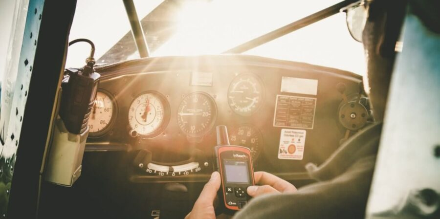 The Best Portable Aviation GPSes for Pilots in 2021