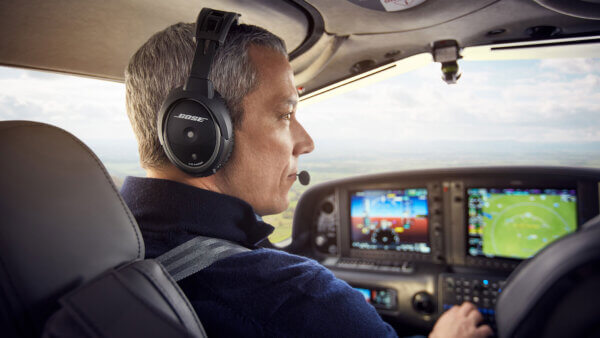 7 Reasons Why You Should Buy a Noise-Canceling Aviation Headset